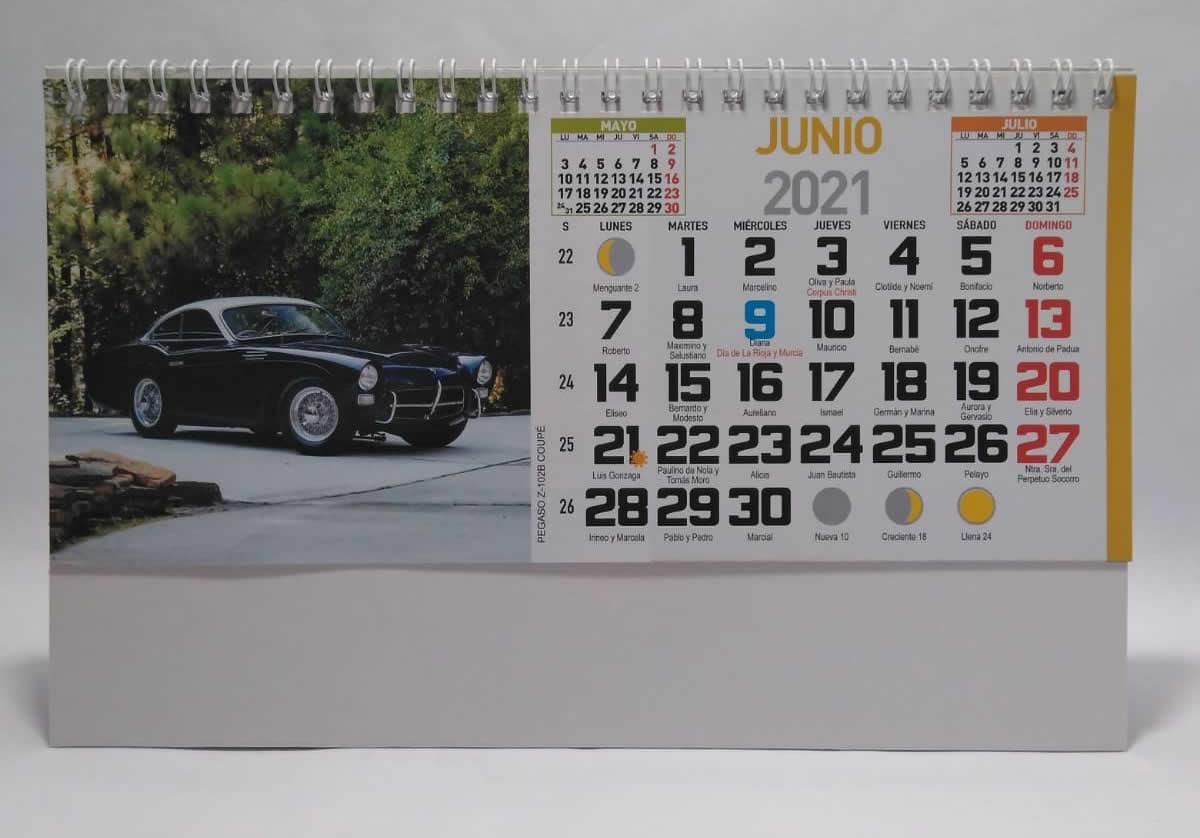 Calendario de sobremesa con espiral fotos de coches