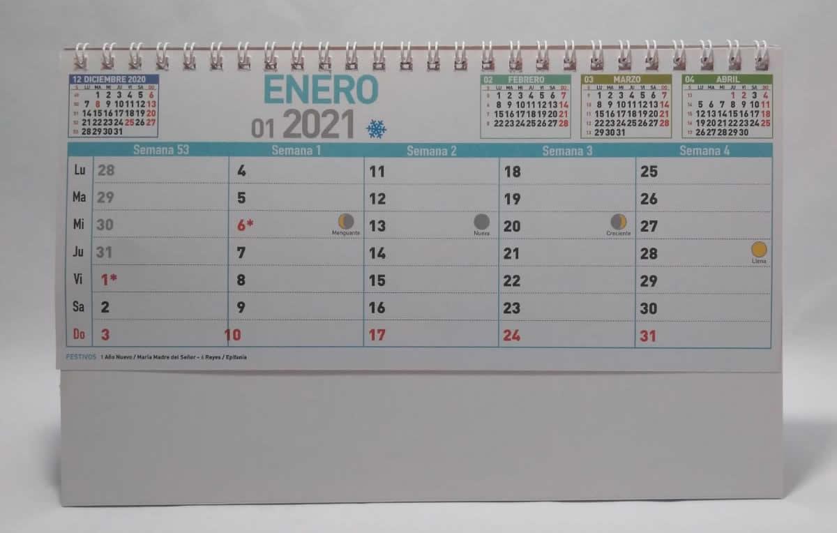 Calendario de sobremesa con espiral neutro semanal 7 hojas