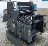 Máquina para imprimir calendarios